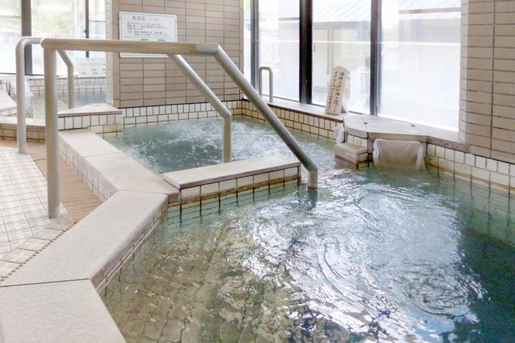温泉センター 美人の湯・渡瀬温泉 - わたぜおんせん - 気泡浴